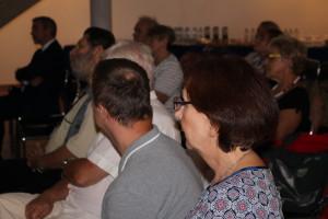 Uczestnicy promocji tomiku wierszy Leszka Engelkinga